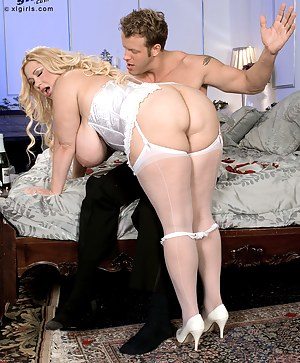 Big Boobs Spanking Porn Pictures